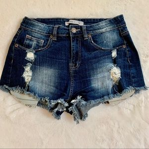 NWOT Bluenotes High Rise Festival destroyed Jeans